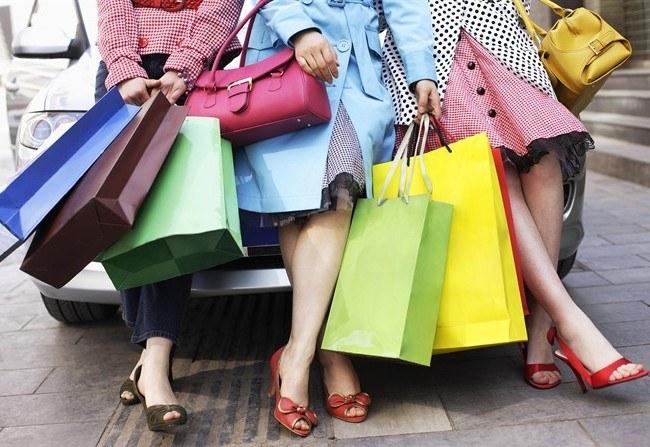 Почему Париж может отменить распродажи
