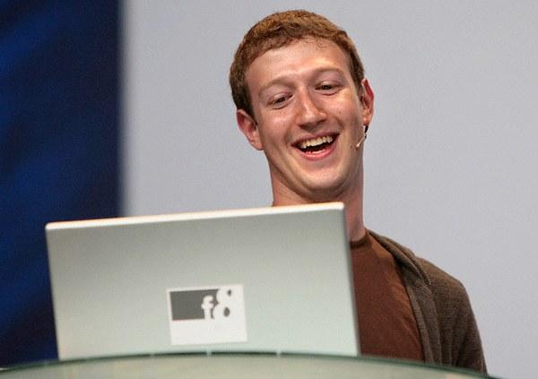 Почему топ-менеджеры Facebook покидают компанию