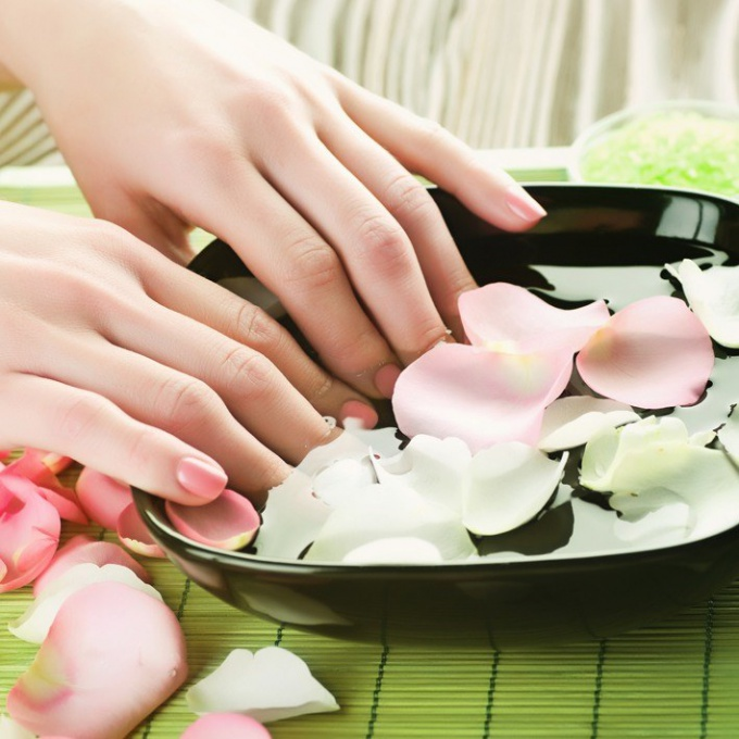 How to make a bath for natural nails