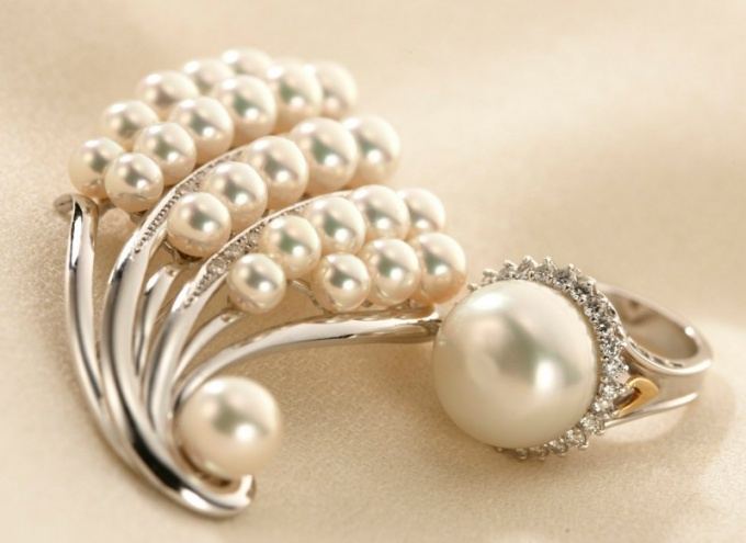 When you celebrate a pearl wedding