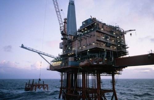 Почему растут мировые цены на нефть