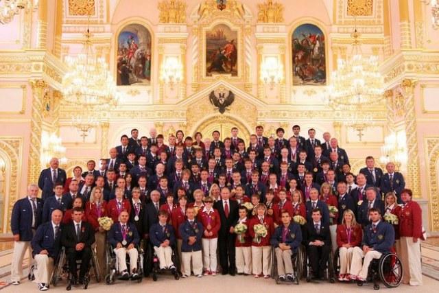 Как государство помогает паралимпийцам