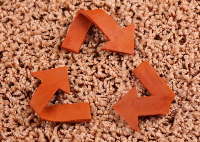 Как произвести ковровую чистку