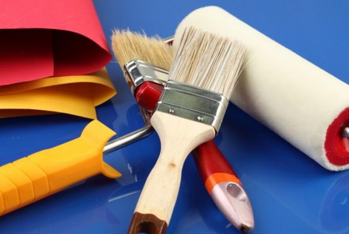 Как снять слой матовой краски с дерева