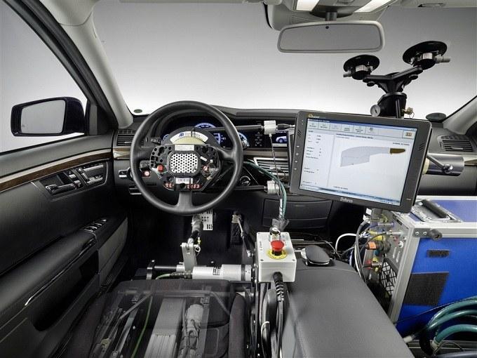 Как автопилот может заменить водителя машины
