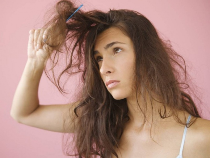 What to do to hair does not fall out