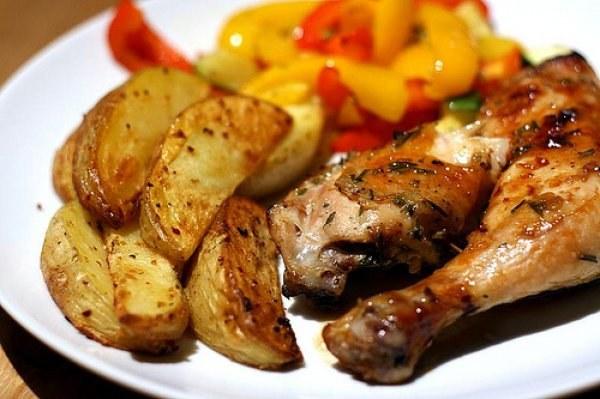 Как приготовить вкусно курицу в духовке