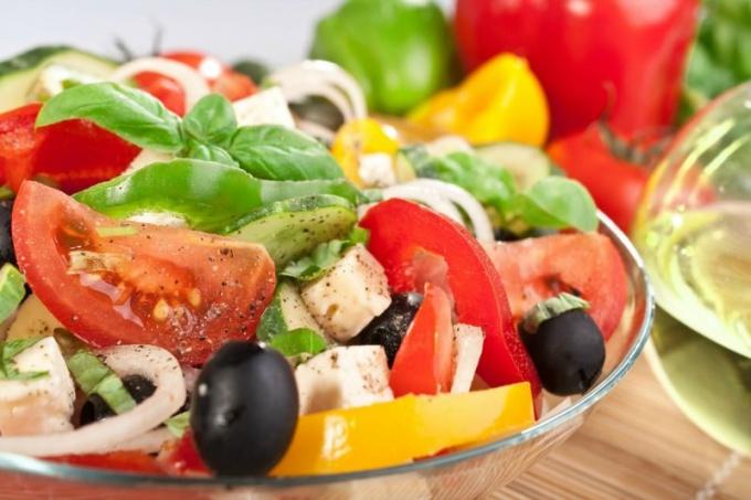 Худеем. Какие вкусные диетические блюда можно приготовить из брынзы