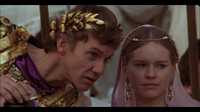 Калигула - палач или жертва?