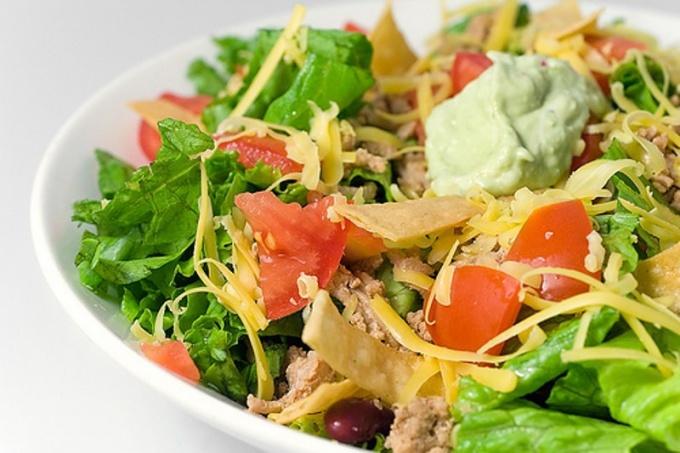 Как приготовить вкуснейшие салаты без майонеза