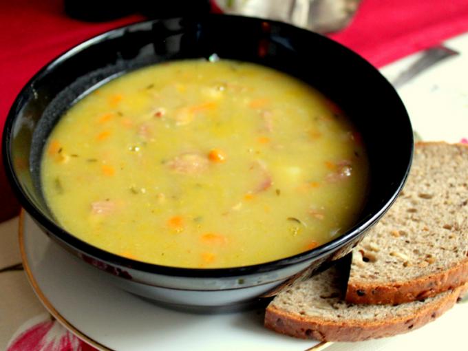 Суп гороховый с копчёностями в мультиварке