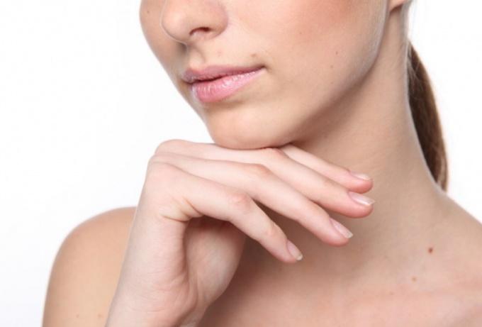 Аллергия на лице: что делать?