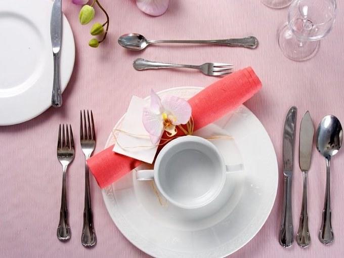 Правила этикета при употреблении пищи