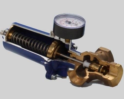 Установка регулятора давления воды