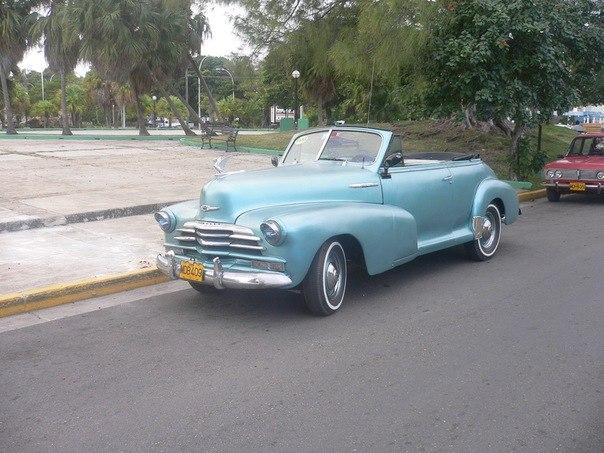 Ретро-автомобиль на Кубе