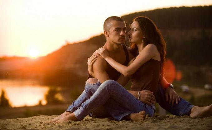 Как влюбиться в девушку