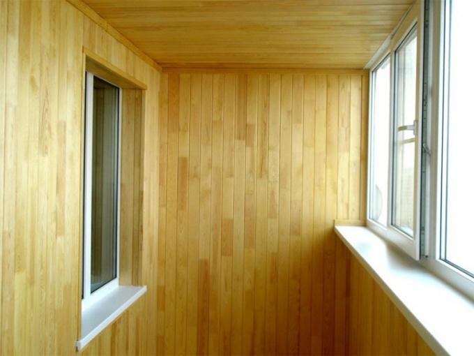 Как и чем утеплить балкон в 2017 году