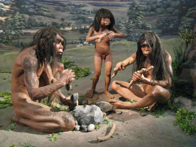Как древние люди добывали огонь