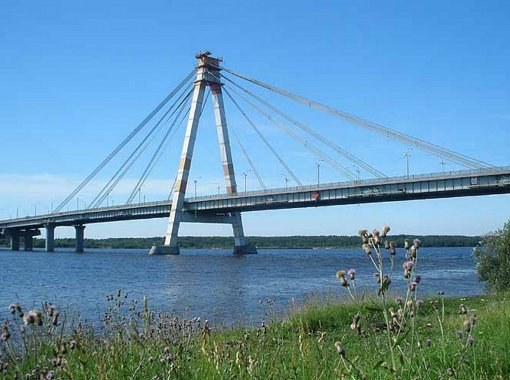 The famous bridge across the Sheksna is one of the most beautiful places in Cherepovets