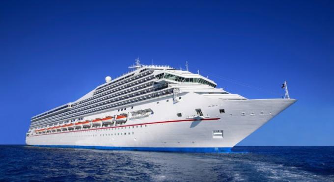 Санкт-Петербург и Хельсинки связывает морской маршрут