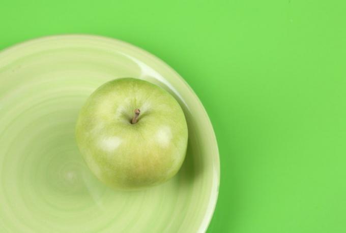 """Как возникло выражение """"яблоко раздора"""""""