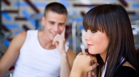 Язык жестов — как разузнать любовь?