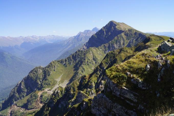 Как возникают горы