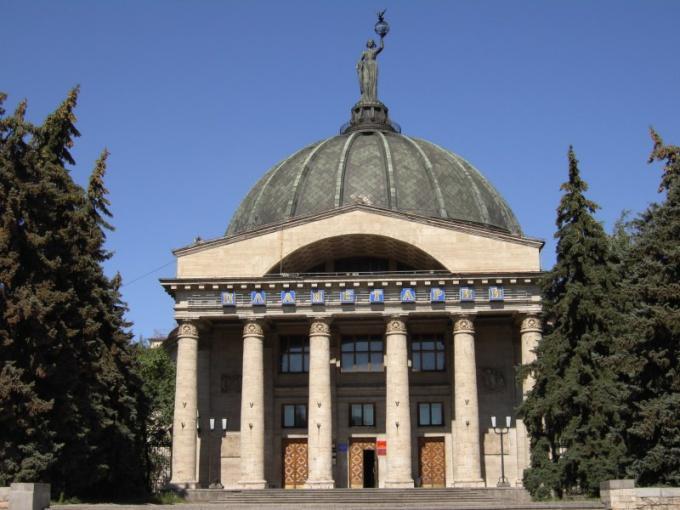 Волгоградский планетарий - гордость города-героя.