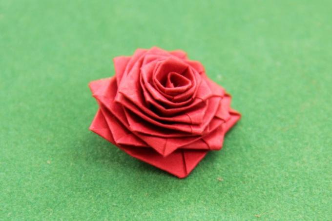 Как делать розу оригами