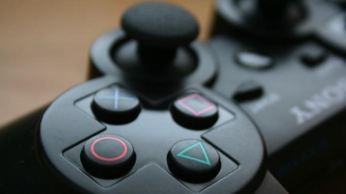 Как делать финты на геймпаде