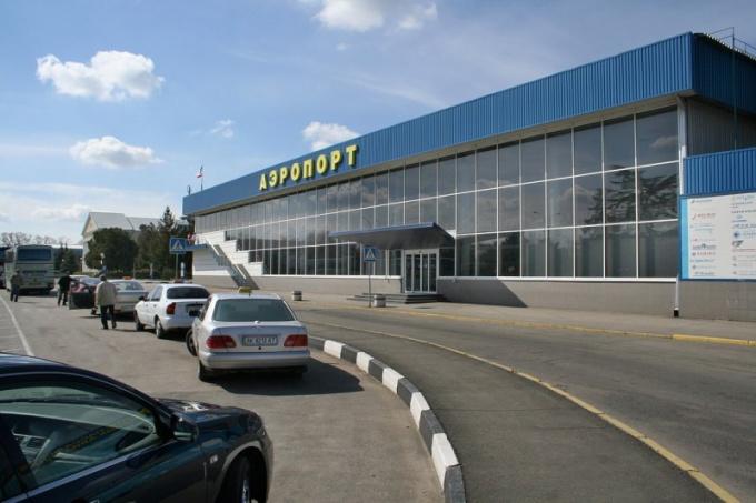 Как добраться в аэропорт Симферополя