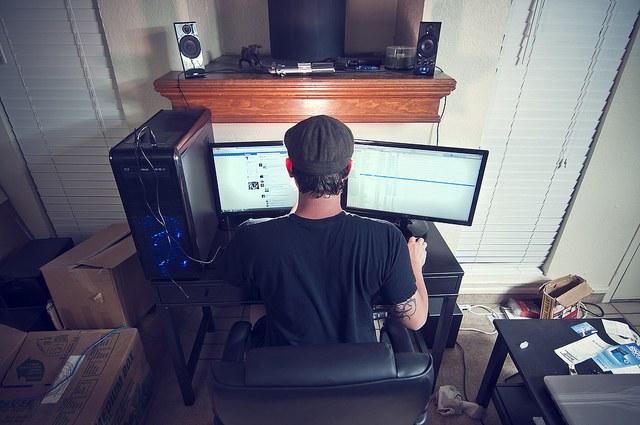 Как использовать второй компьютер как монитор