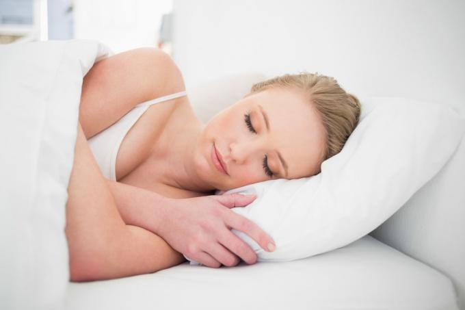 Как длительный сон вредит здоровью