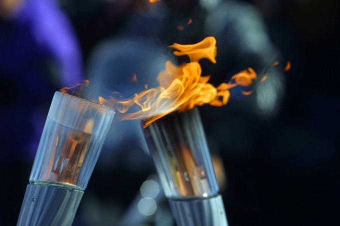 Как устроена эстафета олимпийского огня