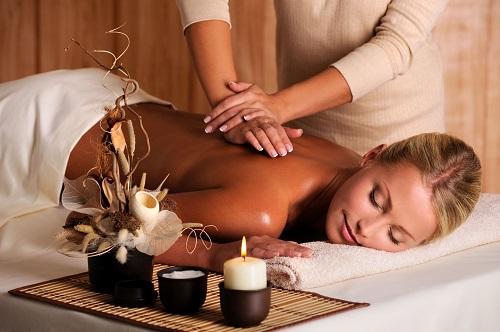 Как уменьшить боль при месячных - массаж