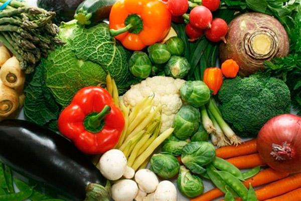 Зелень и овощи всегда должны быть на столе