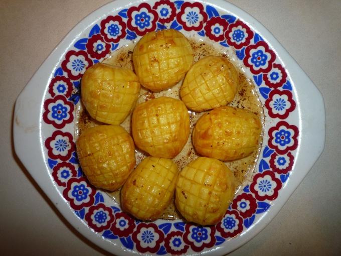 Как очень быстро приготовить «праздничный» картофель