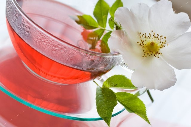 Herbal tea for weight loss - rosehip tea