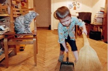 Как перевоспитать избалованного ребенка - обязанности по дому