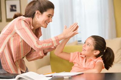 Как перевоспитать избалованного ребенка - чаще хвалить