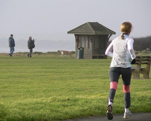 Почему бегать полезно?