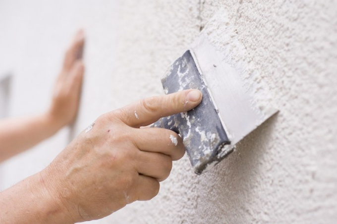 Preparation of surfaces with plaster of the walls