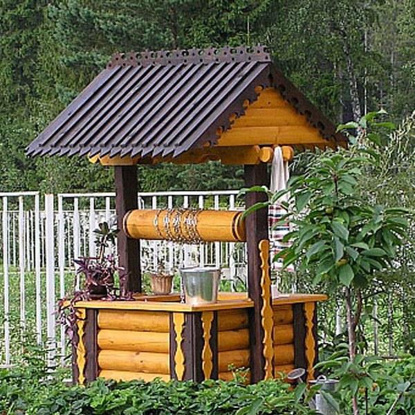 Строим сами колодезный домик