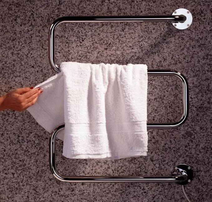 Водяные полотенцесушители: виды, особенности, правила установки