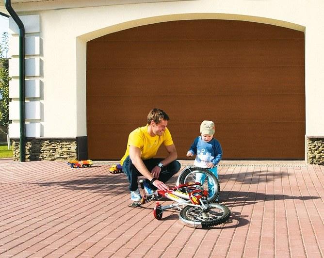 Виды гаражных ворот: гаражные, секционные, автоматические, откатные, распашные