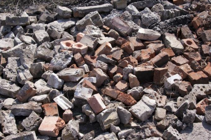 Строительные компании, специализирующиеся на вывозе и утилизации мусора