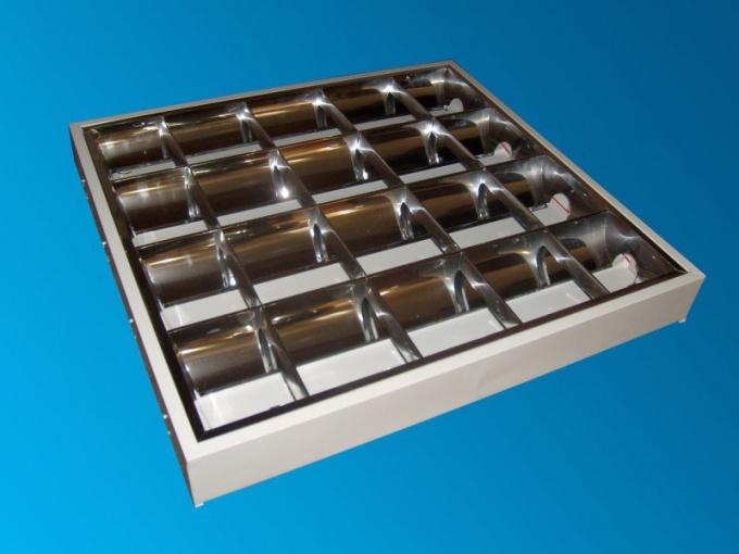 Люминесцентные потолочные светильники: плюсы и минусы