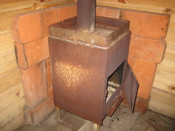 Печь для дачи из железа