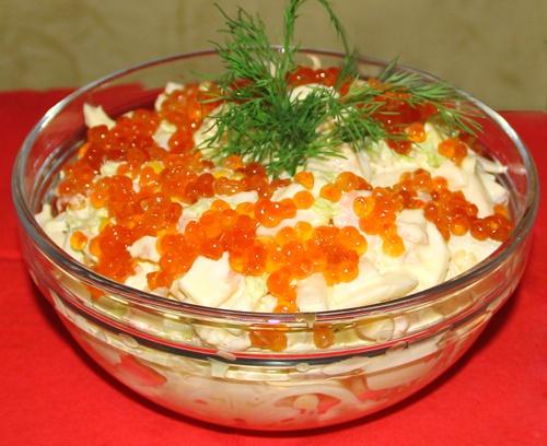 Салат с кальмаром и икрой