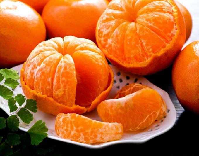Какие витамины содержатся в фруктах